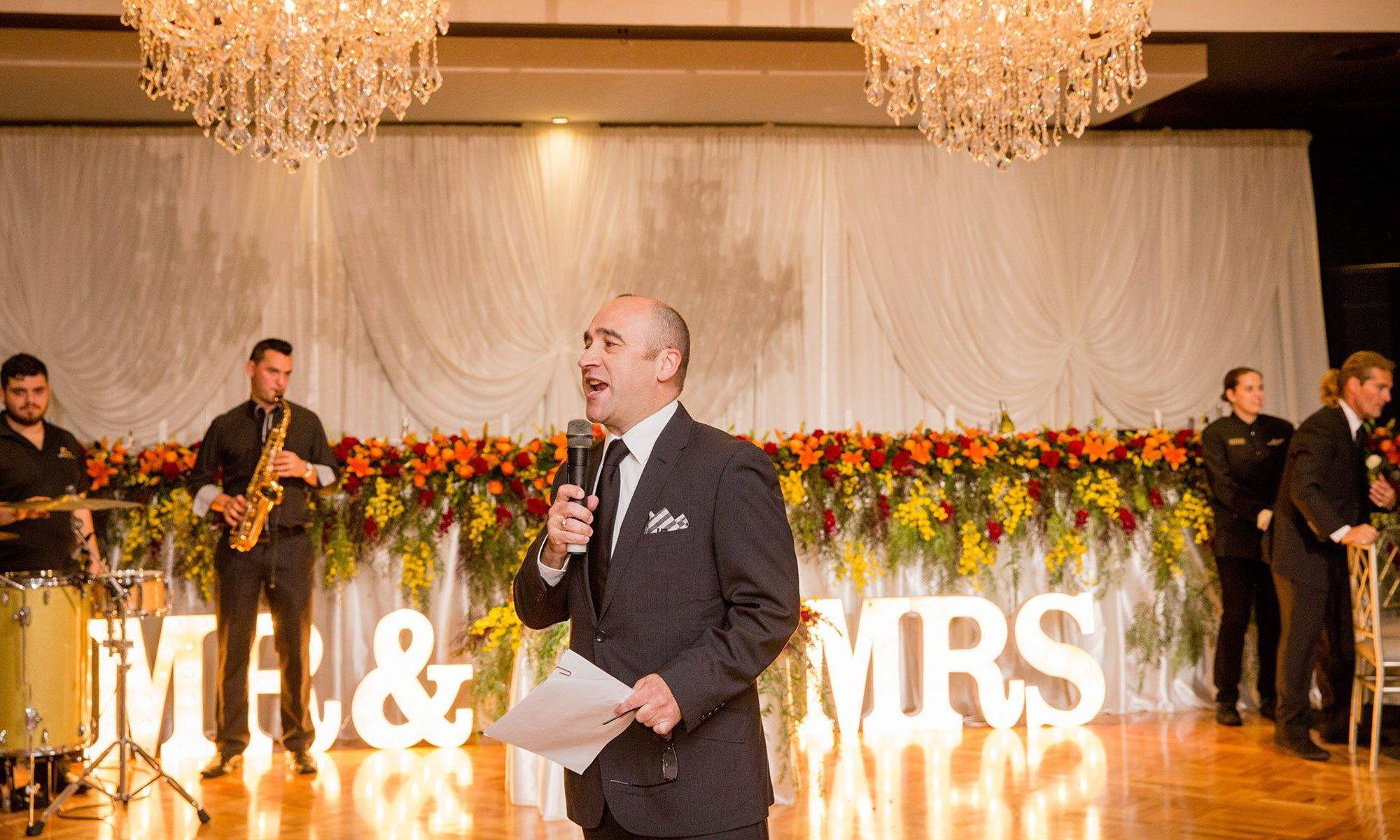 Wedding MC and Entertainer – George Kapiniaris